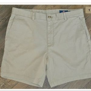 VINEYARD VINES Tan Breaker Shorts 36